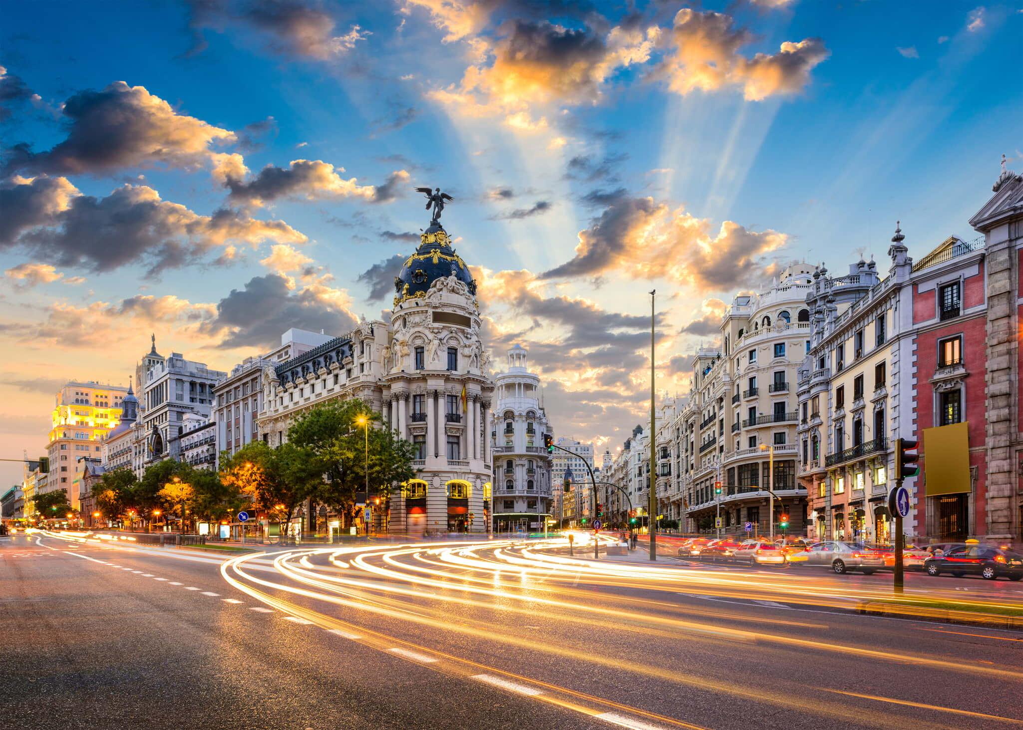 Madrid busca atraer turismo latinoamericano mediante seminarios web –  Inmobiliare