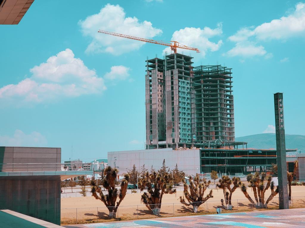 La tecnología es un importante aliado en la industria inmobiliaria: Levy holding