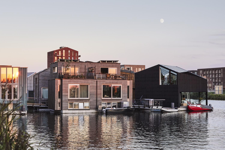 schoonschip-nuevo-barrio-flotante-y-sostenible-en-amsterdam-alt