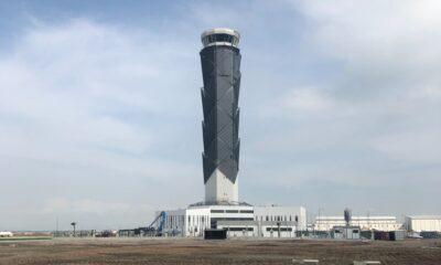 torre_de_control_de_Santa_Lucía_alt