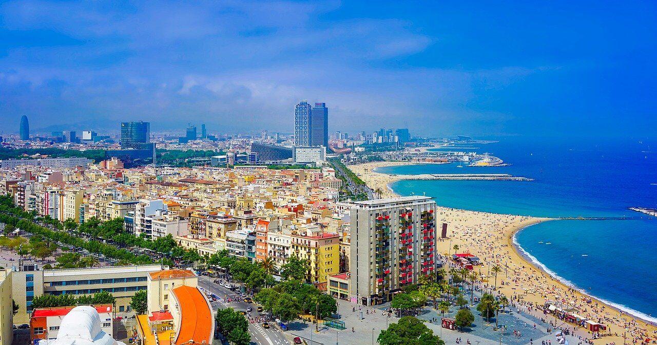 patrizia-adquiere-dos-edificios-residenciales-en-barcelona-1-alt